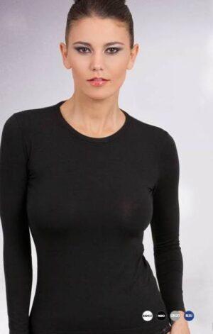 Spodnje majice kratek - dolg - 3/4 rokav in puliji Ženska majica dolg rokav z okroglim izrezom.